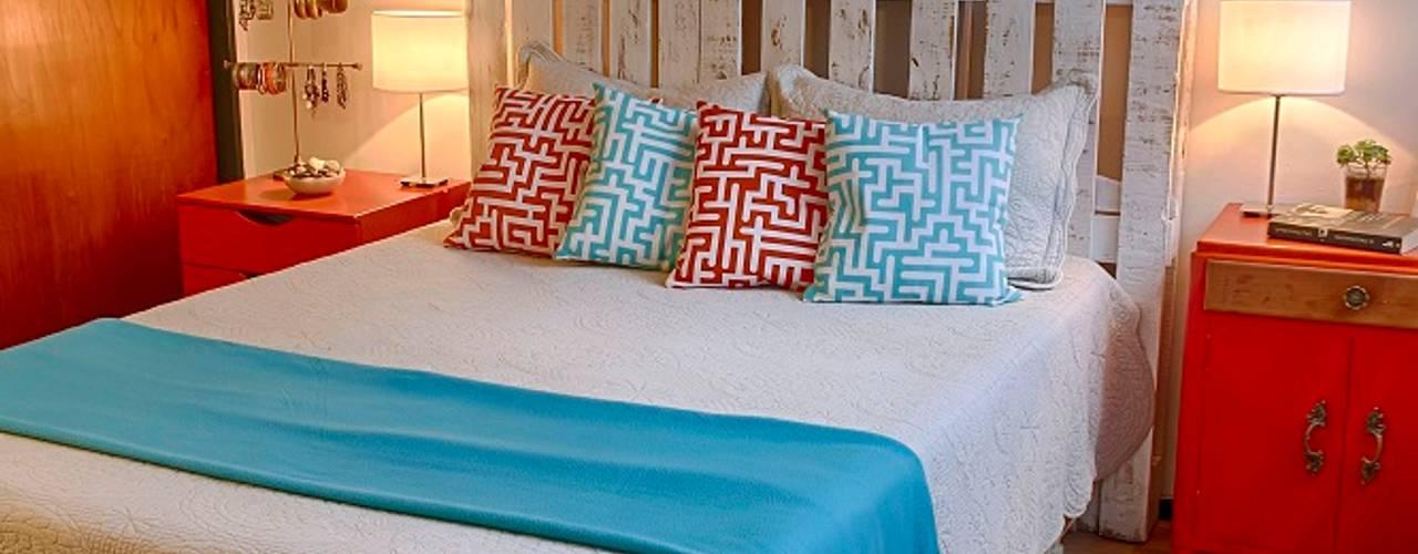 Camera da letto in stile rustico di G7 Grupo Creativo Rustico