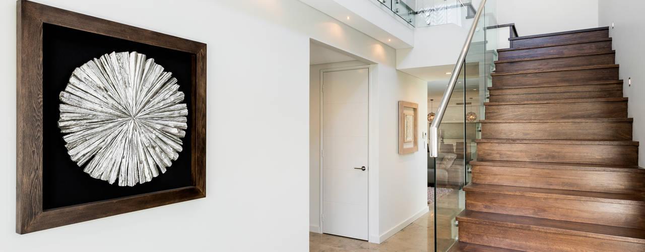 Churchlands Residence Pasillos, vestíbulos y escaleras modernos de Moda Interiors Moderno