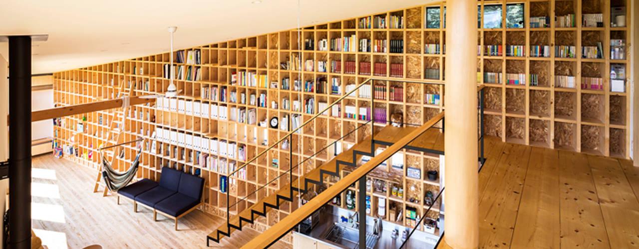 中山大輔建築設計事務所/Nakayama Architects Hành lang, sảnh & cầu thang phong cách chiết trung