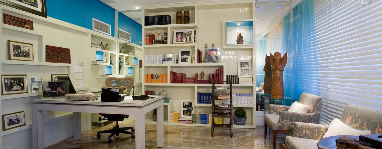 من Maria Julia Faria Arquitetura e Interior Design حداثي