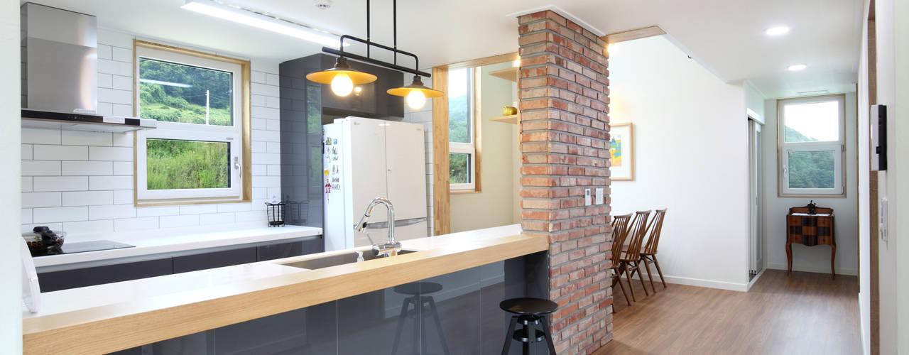 Cocinas de estilo  por 주택설계전문 디자인그룹 홈스타일토토