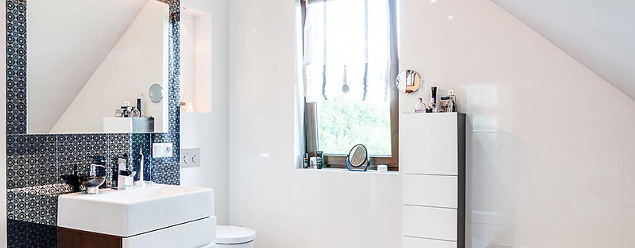 Bathroom by Biuro Projektów MTM Styl - domywstylu.pl