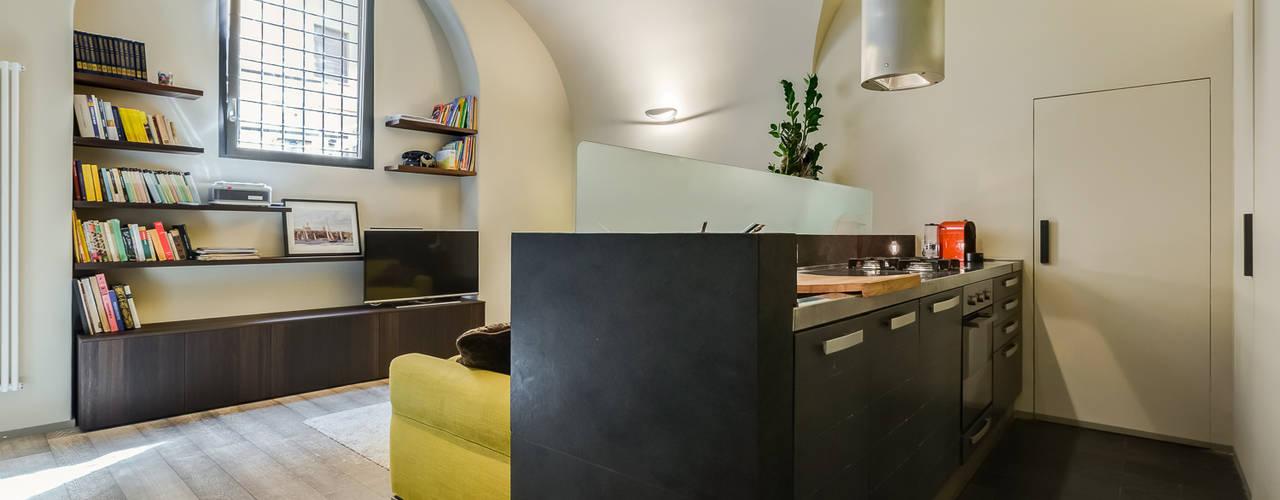 Modern Kitchen by EF_Archidesign Modern