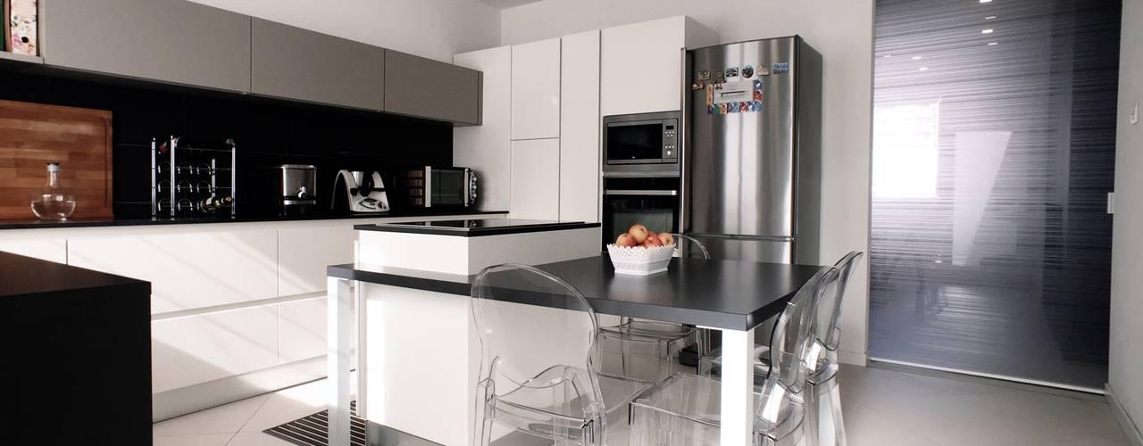 Cocinas de estilo  por M16 architetti