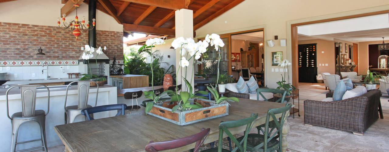 Balkon, Veranda & Terrasse im Landhausstil von homify Landhaus
