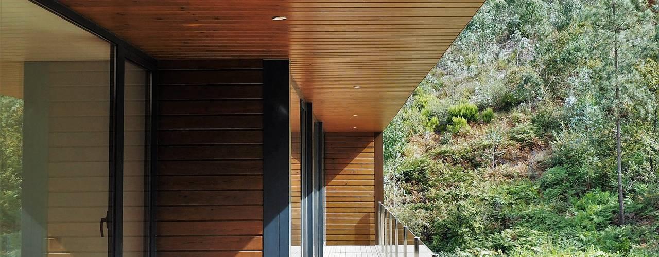 Casas de estilo  por Lethes House