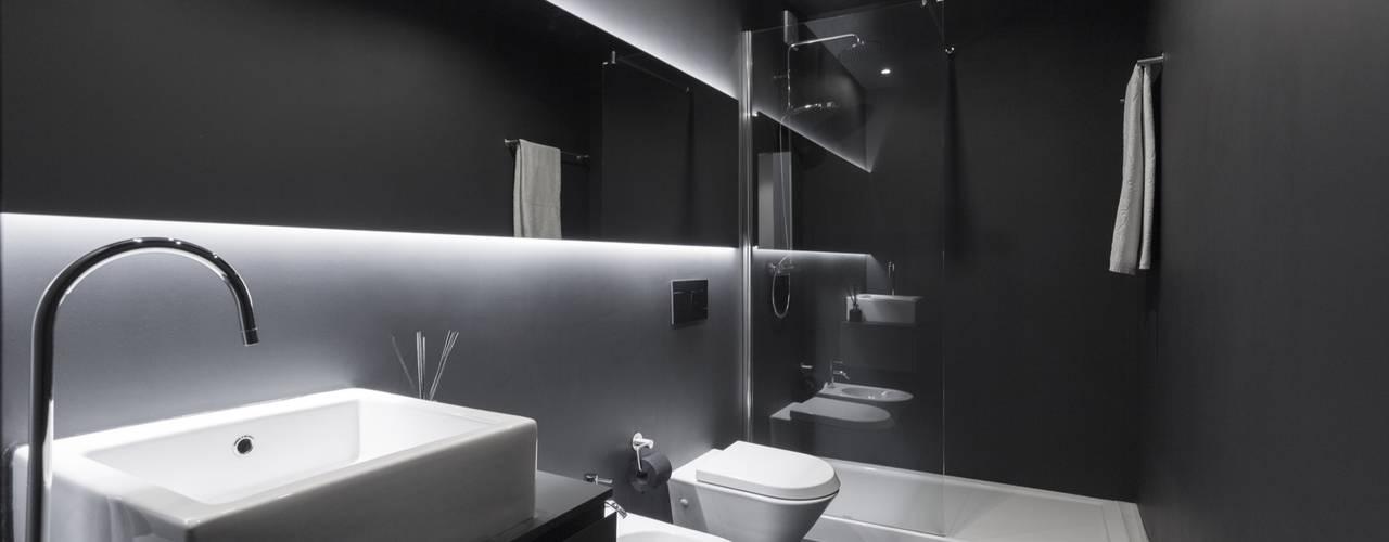 Salle de bains de style  par PAULO MARTINS ARQ&DESIGN, Minimaliste