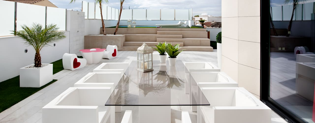 Modern terrace by Bou Interiorismo Modern