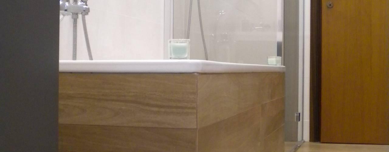 Baños de estilo  por Architetto Alberto Colella, Moderno