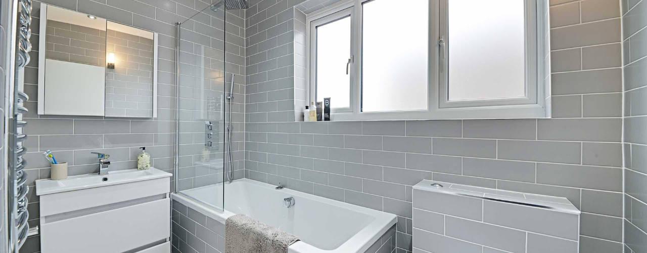 Thornfield Avenue, NW7 Phòng tắm phong cách tối giản bởi POWER 2 BUILD LTD Tối giản