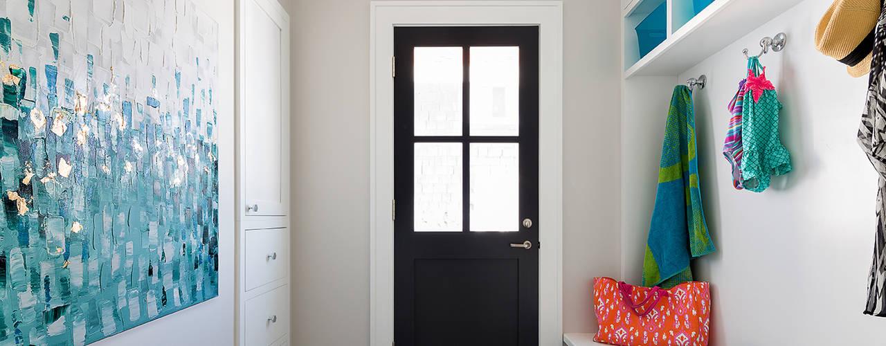 Pasillos, vestíbulos y escaleras de estilo moderno de Clean Design Moderno
