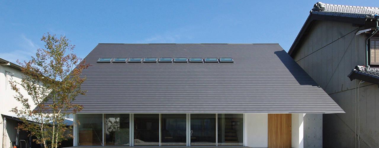 Rumah Modern Oleh 空間建築-傳 Modern