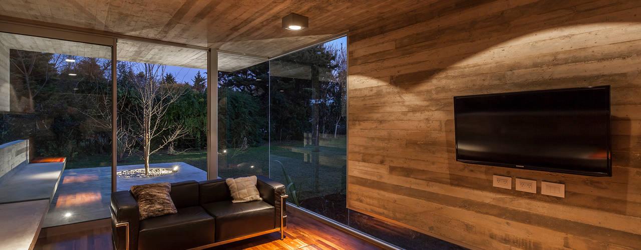Paredes de estilo  de Besonías Almeida arquitectos, Moderno