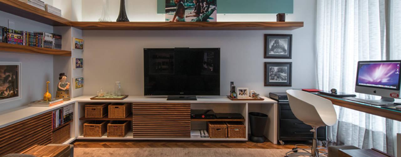 Residência Vintage Salas de estar modernas por Studio Leonardo Muller Moderno