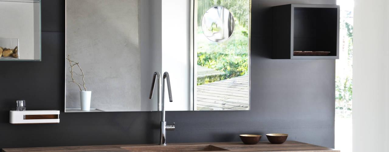 Phòng tắm by Ronda Design
