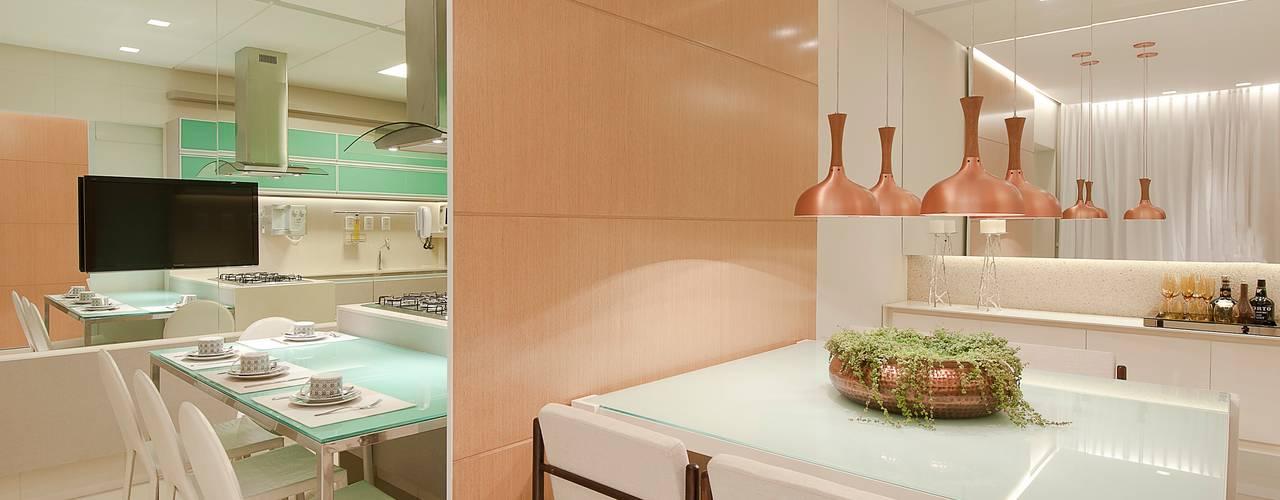 Matheus Menezes Arquiteto Salas de jantar modernas Bege