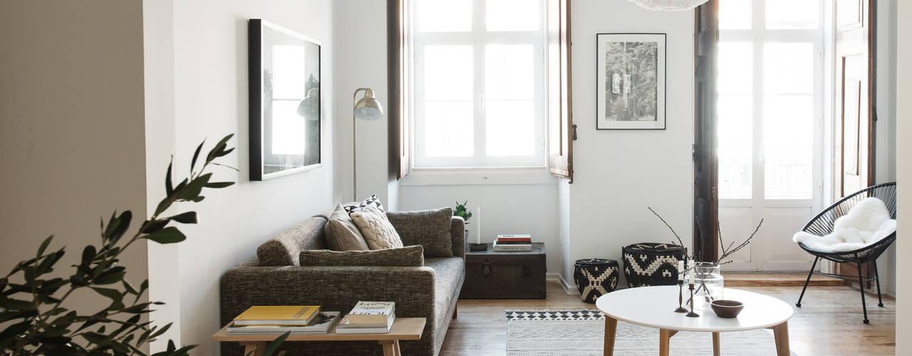 Ruang Keluarga by Arkstudio