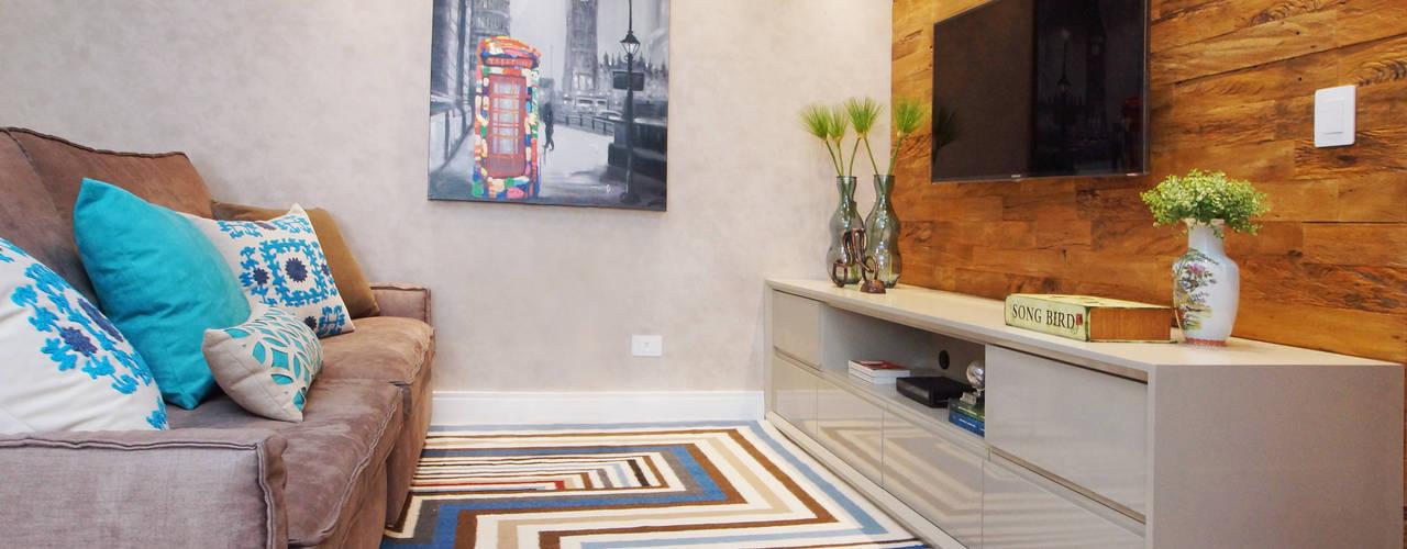 por Serra Vaz Arquitetura e Design de Interiores Moderno