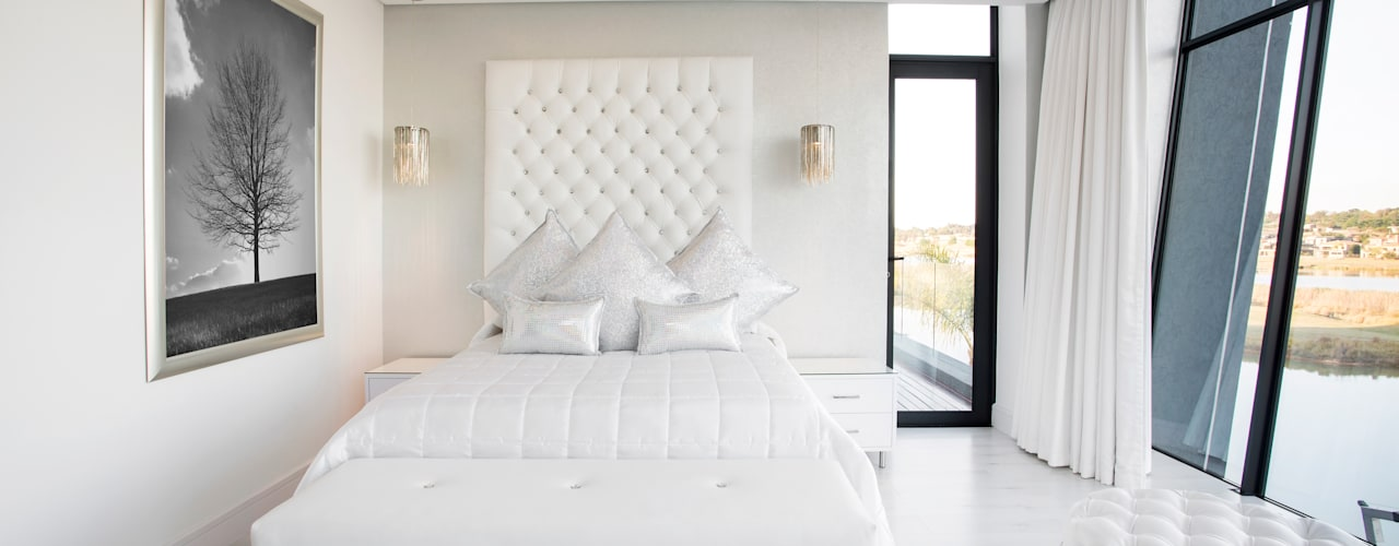 ULTRA MODERN RESIDENCE:  Bedroom by FRANCOIS MARAIS ARCHITECTS