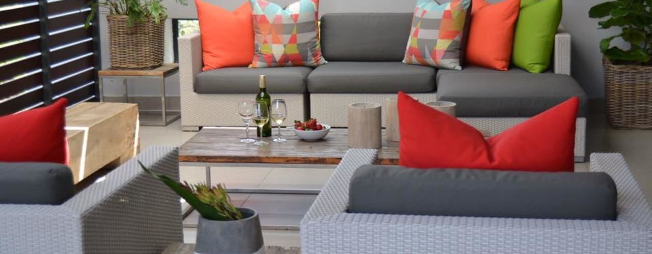 Residential - Steyn City :  Conservatory by Nowadays Interiors,