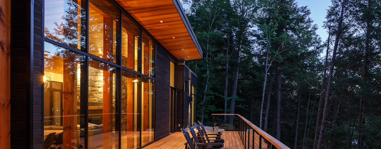 Lac St. Sixte Summer Residence Modern terrace by Flynn Architect Modern