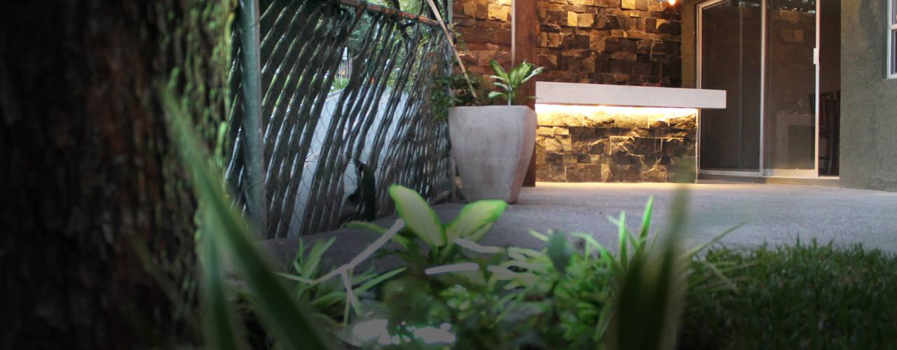 Chipinque Balcones y terrazas de estilo moderno de Superficie Actual Moderno