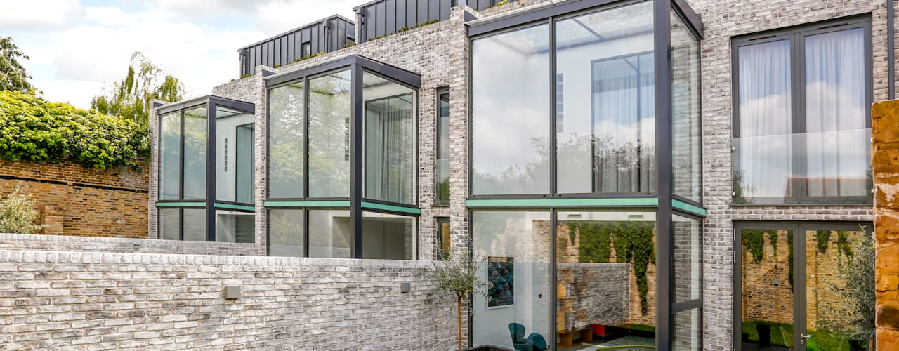 Stonechat Mews Roehampton : modern Houses by The Crawford Partnership