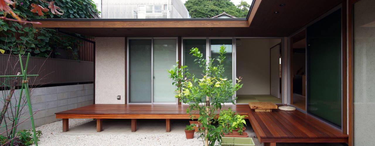Rumah by アトリエ イデ 一級建築士事務所