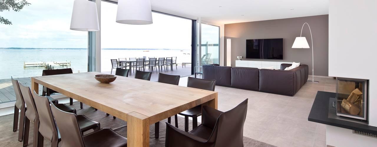 Столовые комнаты в . Автор – Heinz von Heiden GmbH Massivhäuser,
