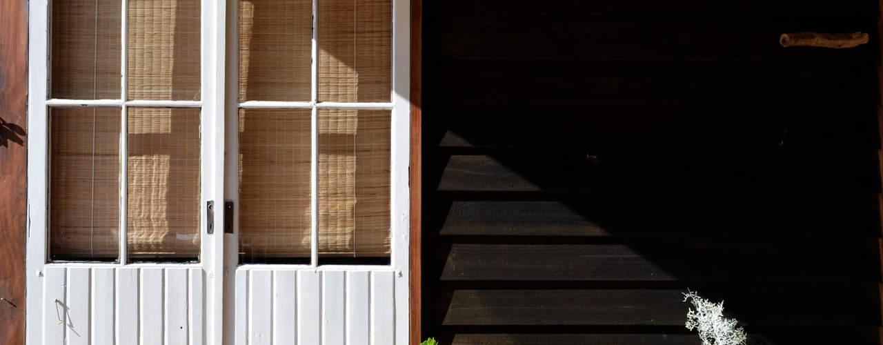 Casas rústicas de BLAC arquitectos Rústico