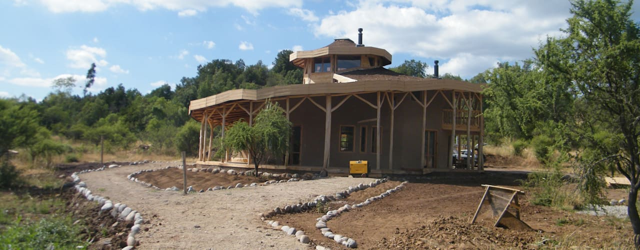 Casa Sol en Rari: Casas de estilo rústico por Secrea