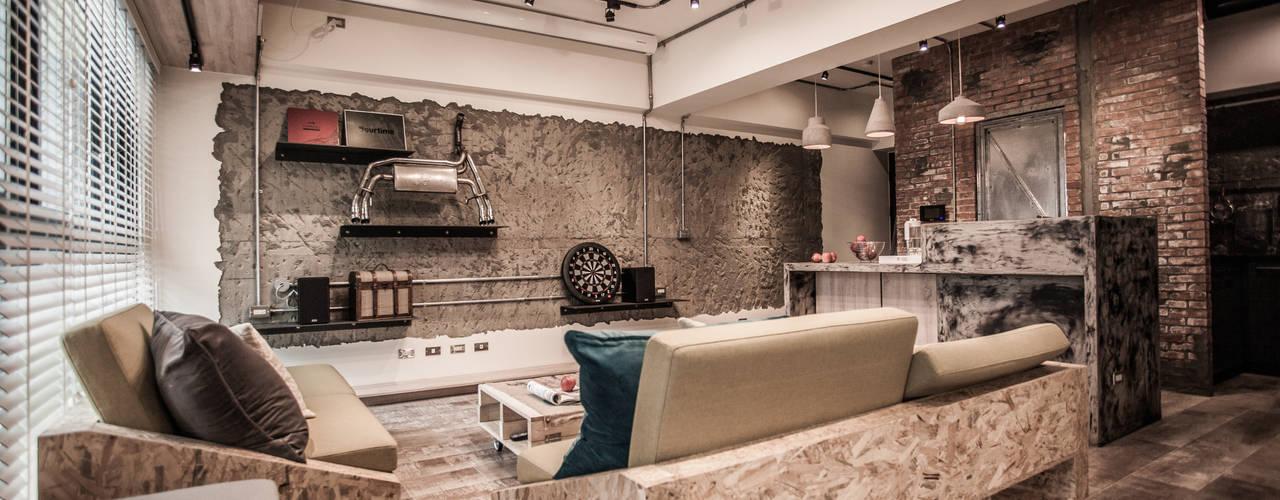 竹東 PC House 根據 丰墨設計   Formo design studio 工業風