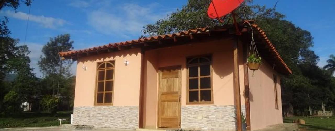 Casas Prefabricadas Republica Dominicana y Haiti Casas de estilo rural de PREFABRICASA Rural