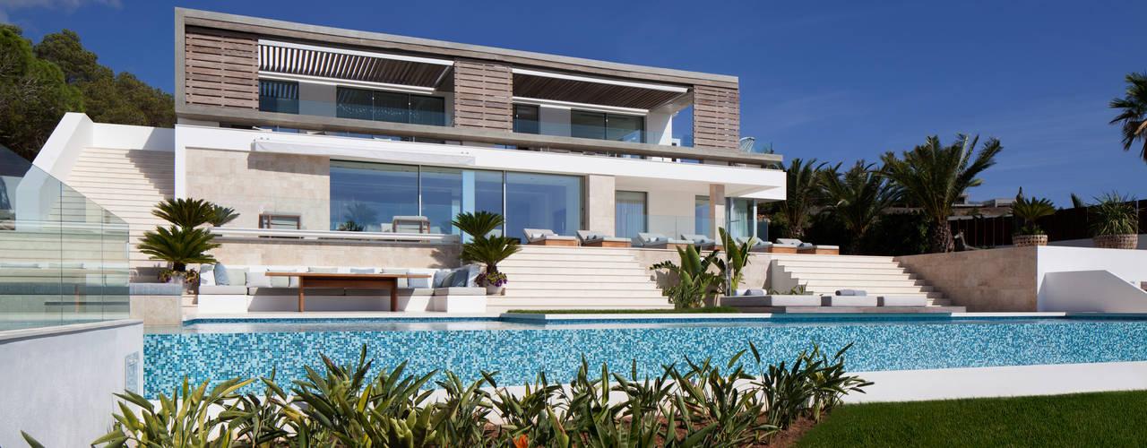 Roca Llisa Modern houses by ARRCC Modern