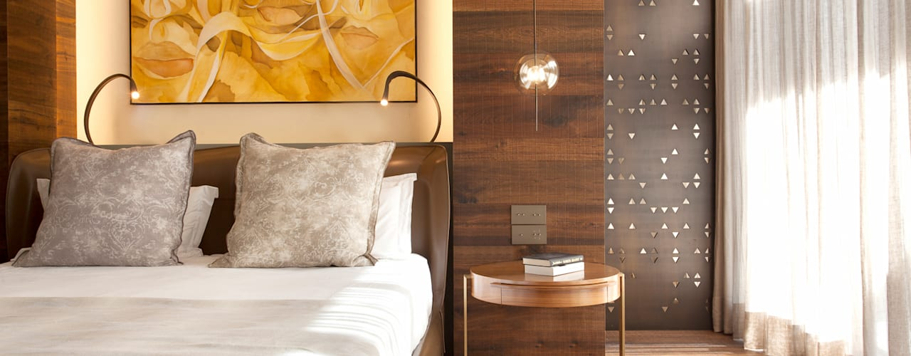 Barcelona Apartment Eclectic style bedroom by ARRCC Eclectic
