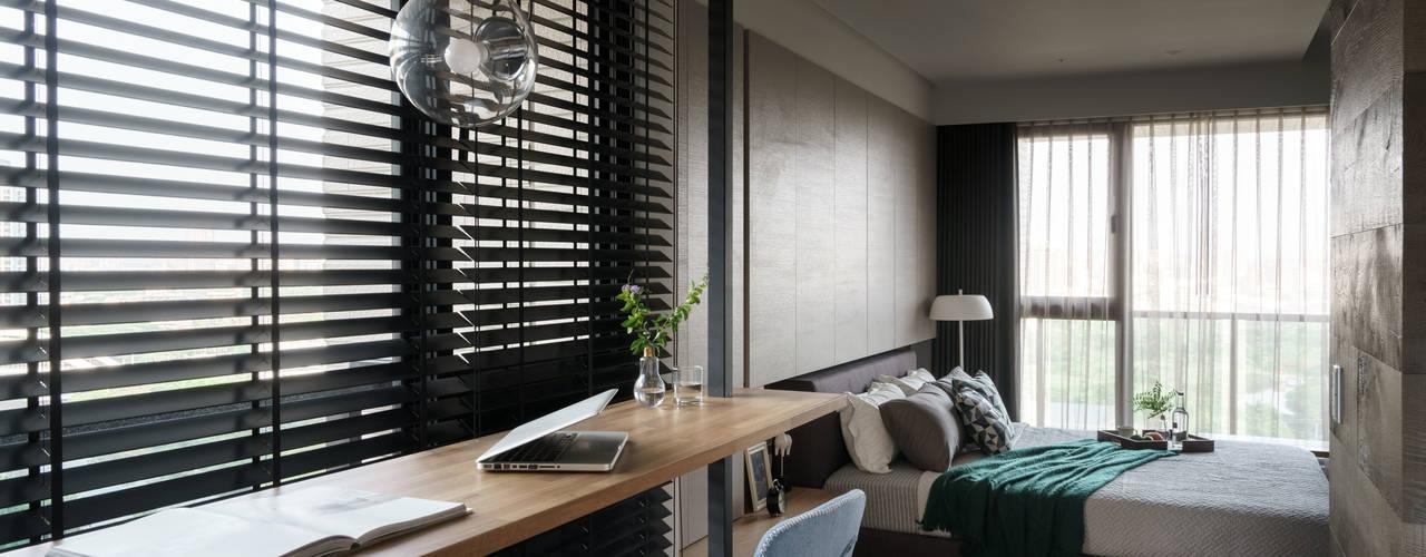 Phòng học/văn phòng phong cách hiện đại bởi 千綵胤空間設計 Hiện đại