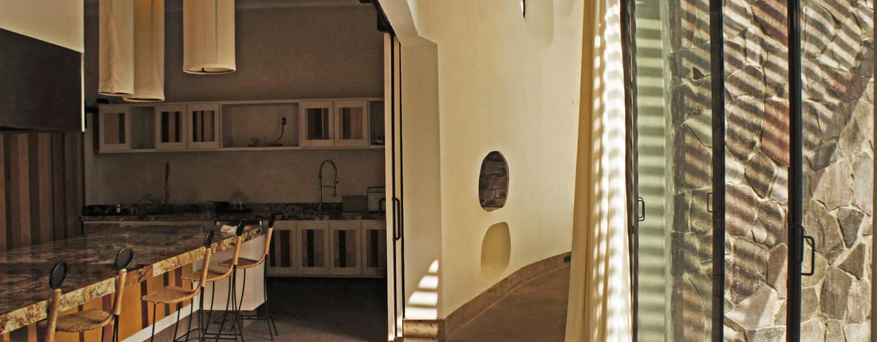 Corridor & hallway by Juan Carlos Loyo Arquitectura