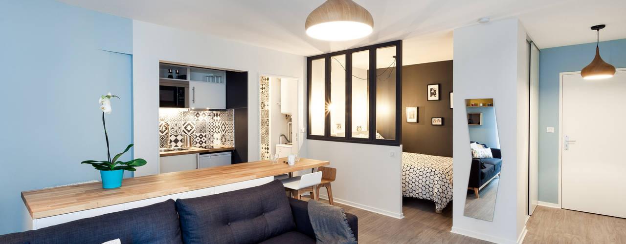 Ruang Keluarga by MadaM Architecture