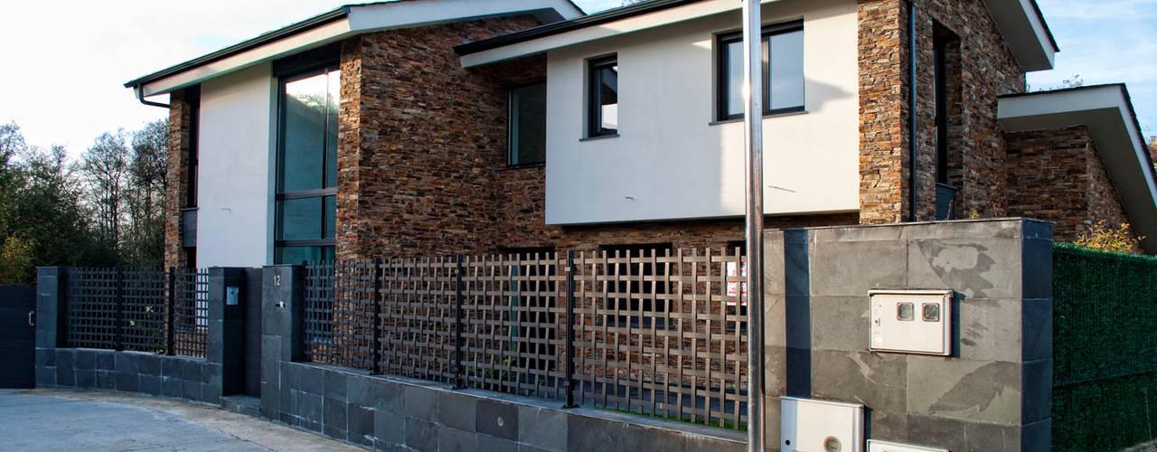 Casas modernas de Intra Arquitectos Moderno