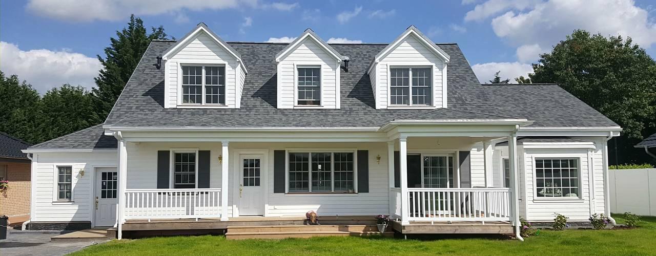 GEORGE L Rear:  Häuser von THE WHITE HOUSE american dream homes gmbh
