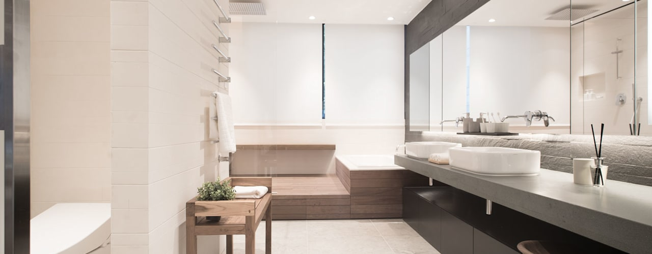 Modern style bathrooms by Sensearchitects Limited Modern
