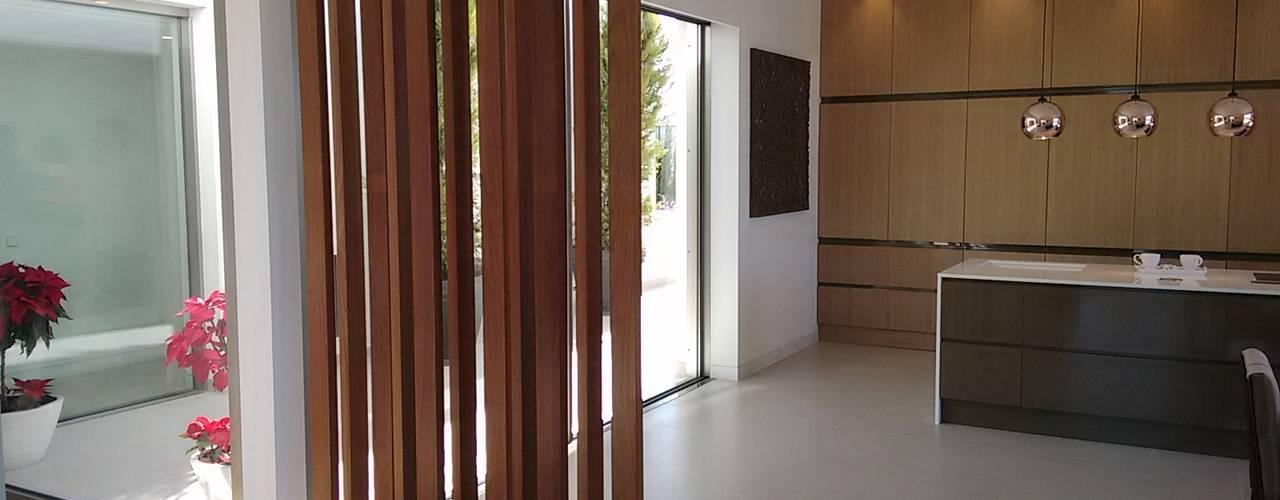 Cocinas de estilo  por GESTEC. Arquitectura & Ingeniería