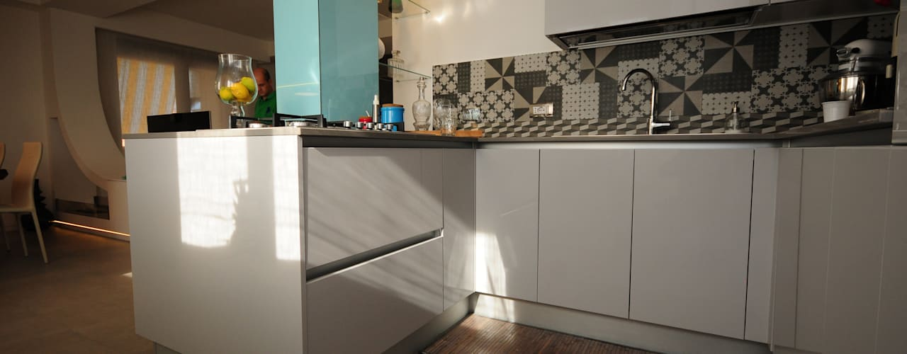Кухни в . Автор – Fabiola Ferrarello architetto