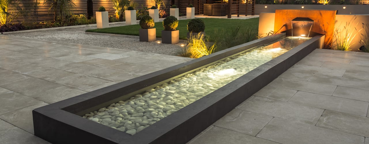 by Robert Hughes Garden Design