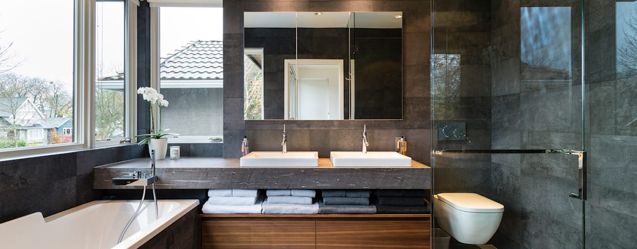 VANCOUVER - NEW CONSTRUCTION Modern bathroom by Alice D'Andrea Design Modern