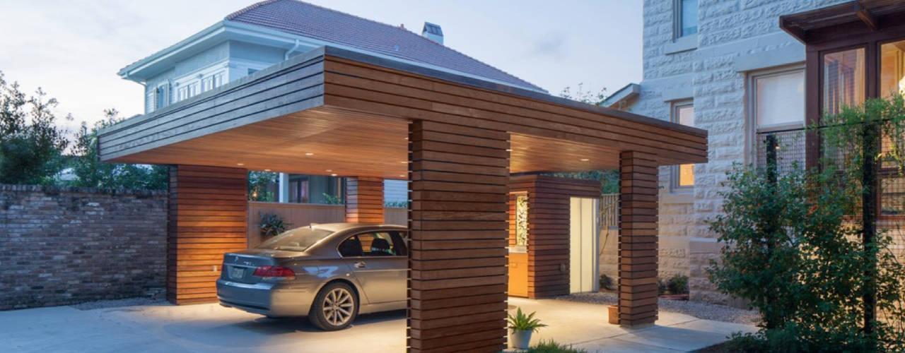 Garage / Hangar modernes par studioWTA Moderne