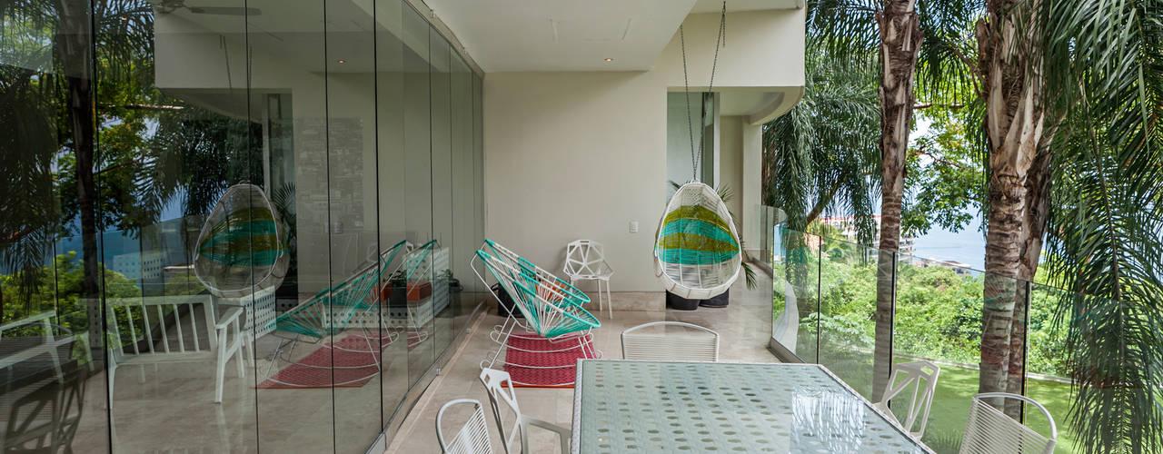 Terrasse de style  par MORADA CUATRO