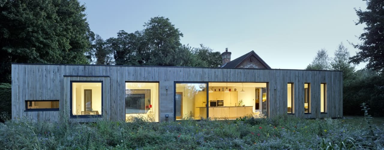 Hurdle House:  Houses by Adam Knibb Architects