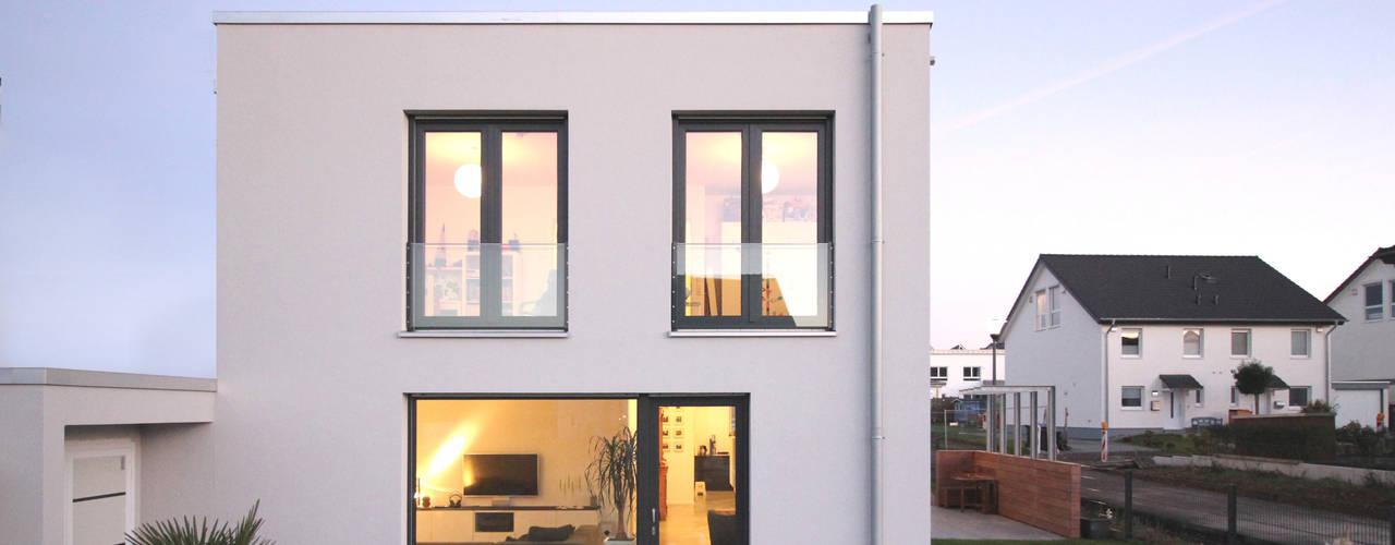 Moderne huizen van PlanBar Architektur Modern