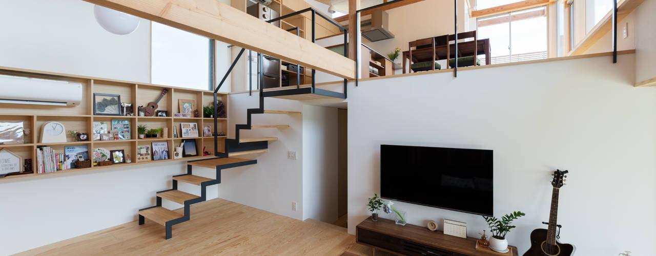 展望台の家 和風デザインの リビング の ろく設計室 和風